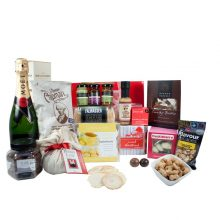 Gift Wrapped Up Deluxe Christmas Hamper Moet Delight