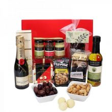Gift Wrapped Up Hamper Mini Moet