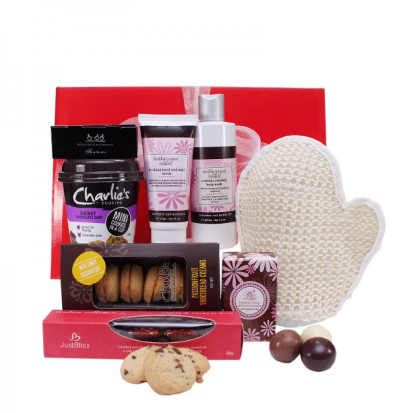 Gift Wrapped Up Luxury Gift Hamper Essential Delight