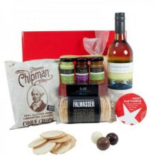 gift-wrapped-up-white-wine-christmas-hamper