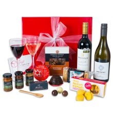 Gift-Wrapped-Up-Christmas-Wine-Indulgence-Hamper